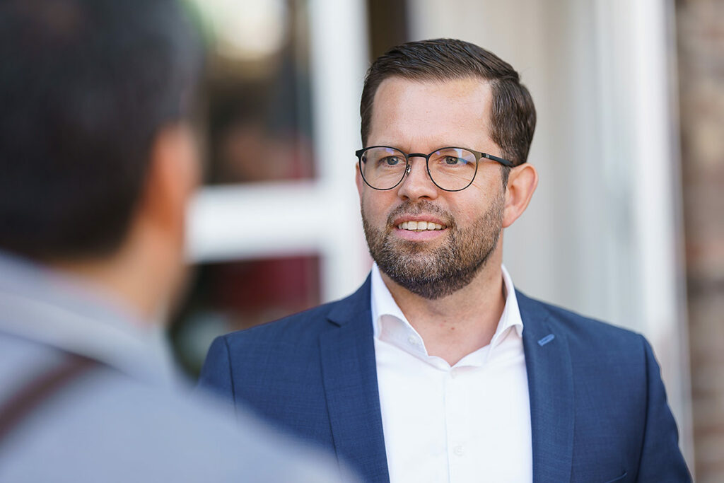 Oliver Schuster - Partnerschaften